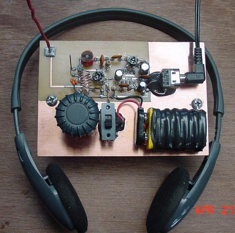 One transistor fm radio project build this one transistor fm radio designed by patrick cambre solutioingenieria Gallery